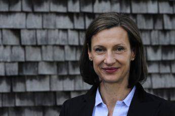 Dr. Barbara Fuchs